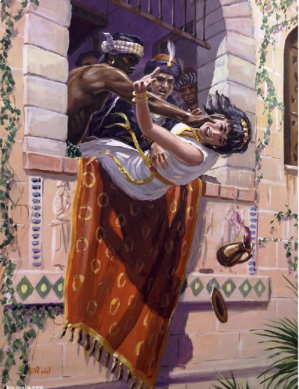По приказу Ииуя жену царя Ахава бросают из окна