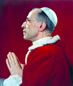Pio_XII_in_preghiera