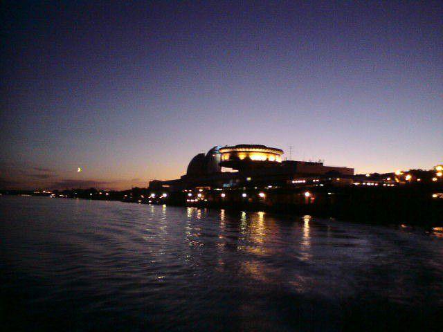закат на воде