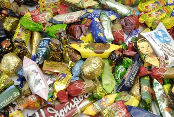 Много конфет