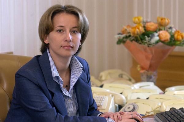 Вероника Тимофеева Без Лифчика – Конная Полиция (2020)