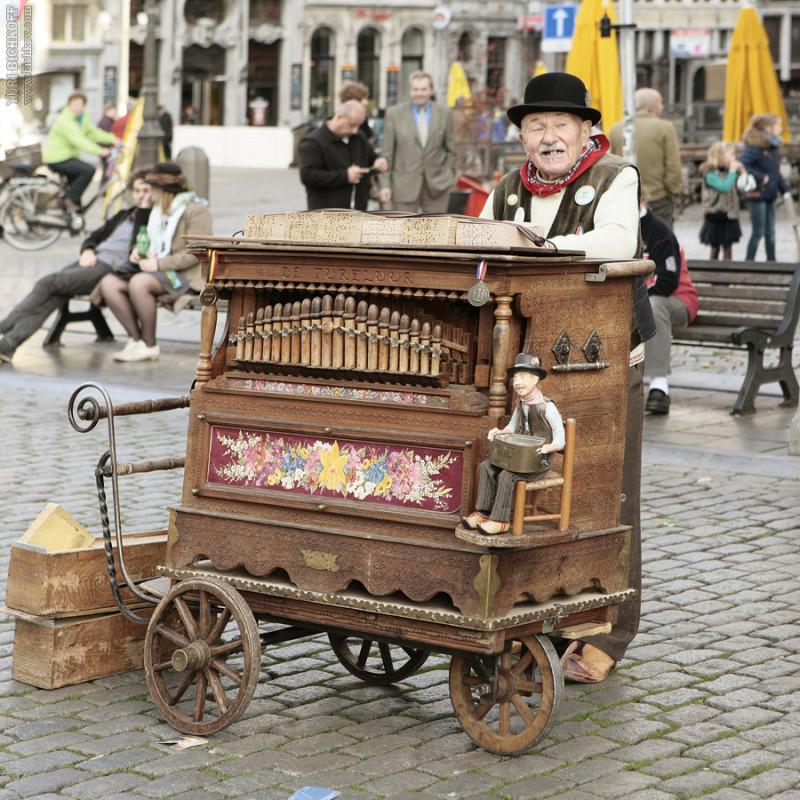 Бельгийский шарманщик