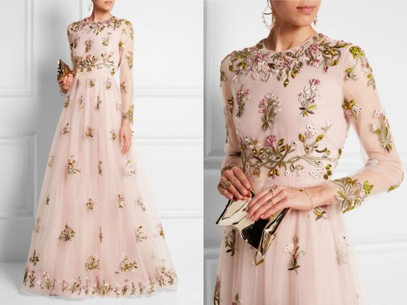 Bышивка и декор в платьях