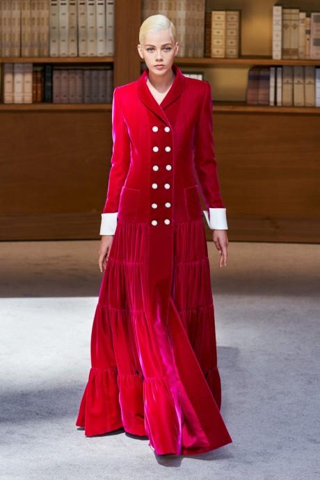 Модели коллекции Chanel Couture