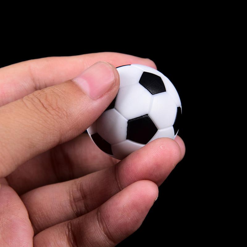 Английский стих про футбольный мяч