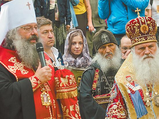 Сектанты в Государственной думе: Поклонская исповедует специфическое религиозное течение