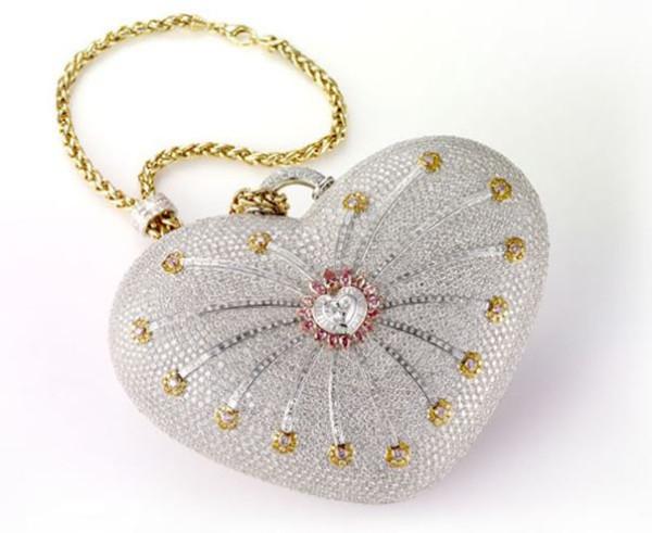 Самая дорогая женская сумка в мире за 3,8 млн