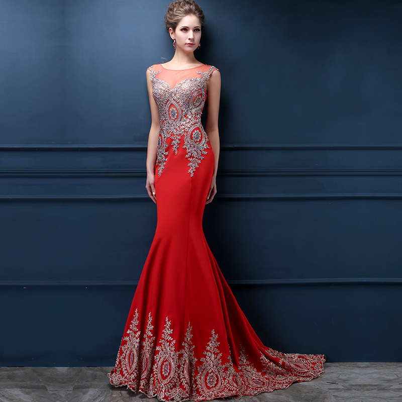 Выпускные платья длинные со шлейфом