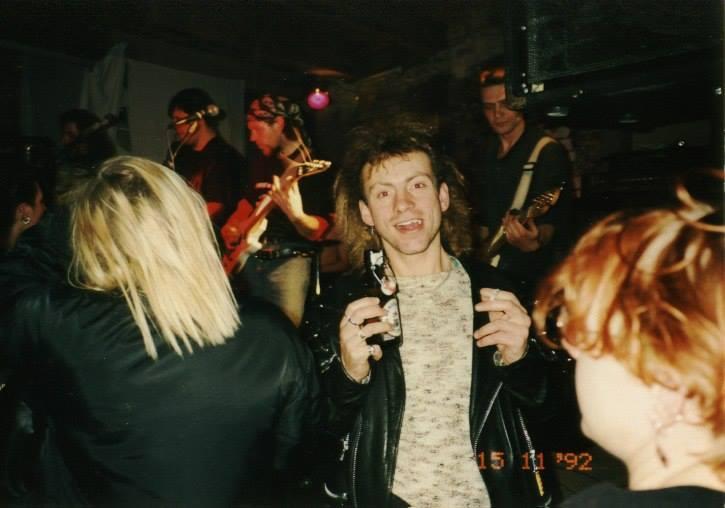 26 лет назад в Москве появился первый ночной рок клуб Sexton Fo.Z.D