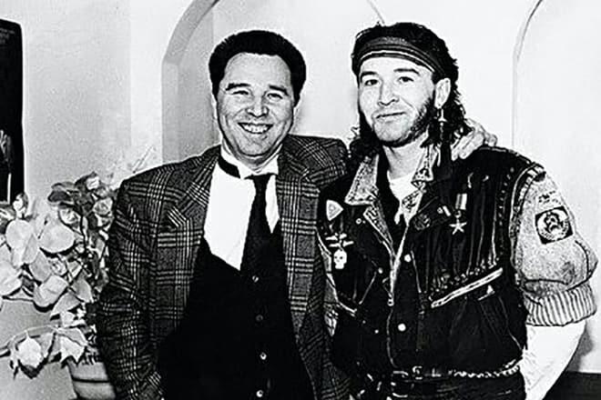 Модельер Егор Зайцев с папой