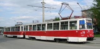 Ачинск. 71-605 на улице Кравченко, маршрут 1 СМЕ 78+79