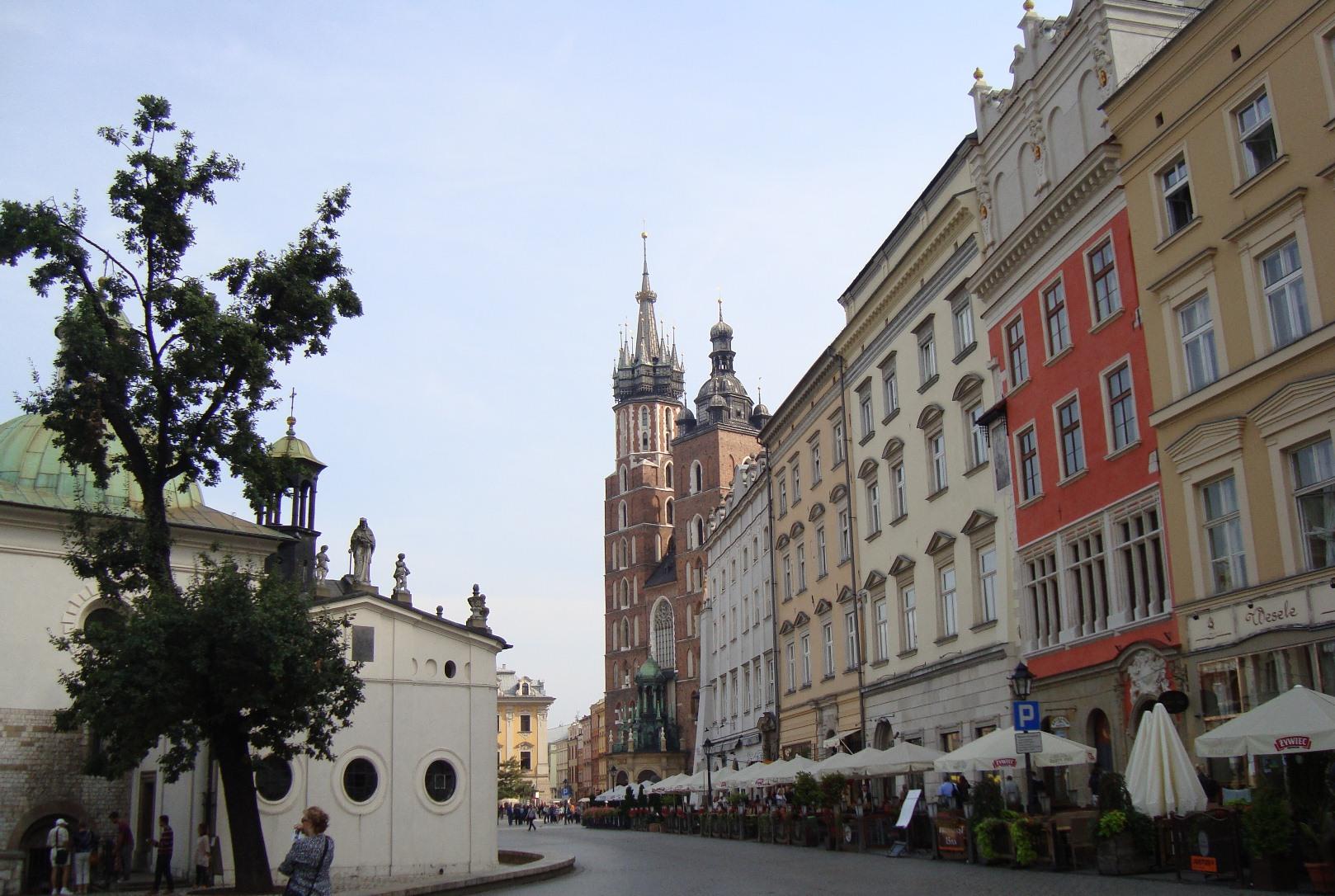 krakow-ploscha-rinok-doma-3