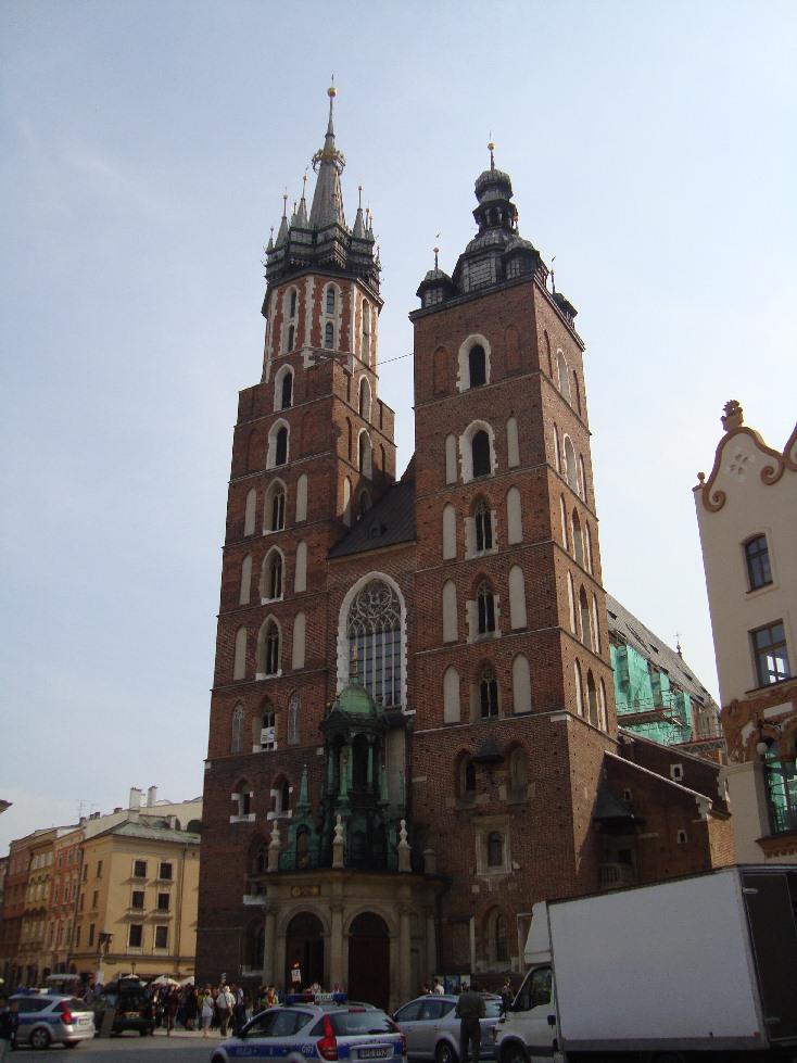 krakow-ploscha-rinok-ratusha-4