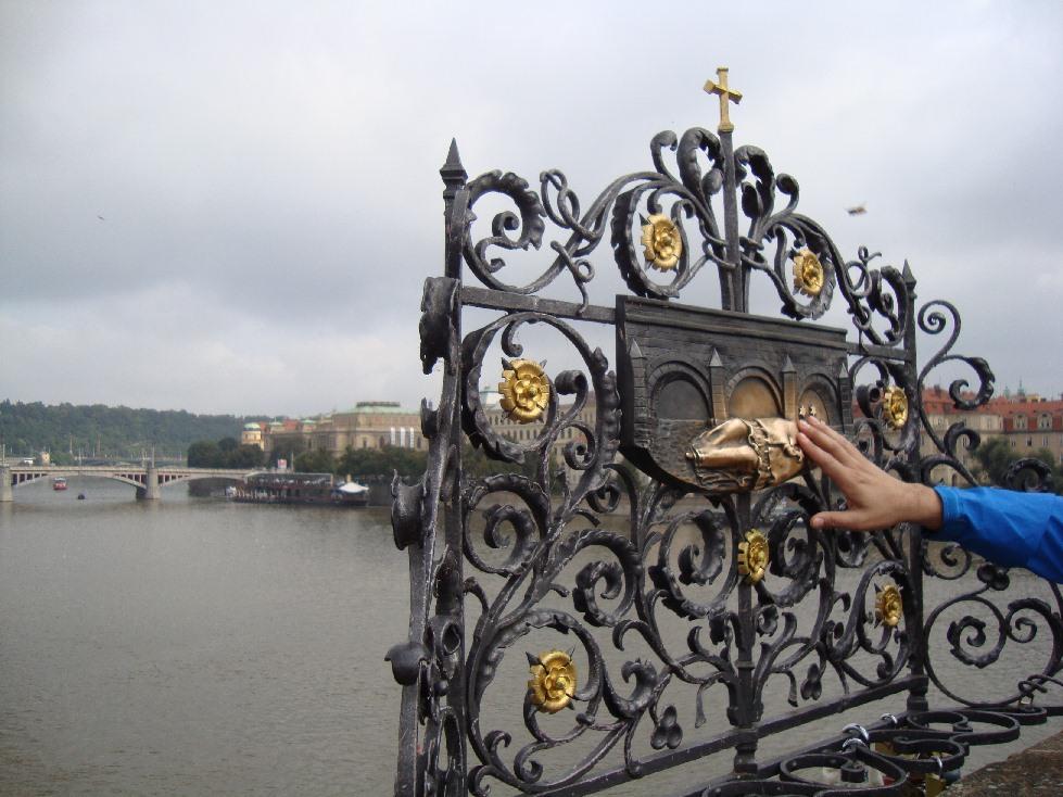 Karlov-Most-ispolnenie-jelaniy