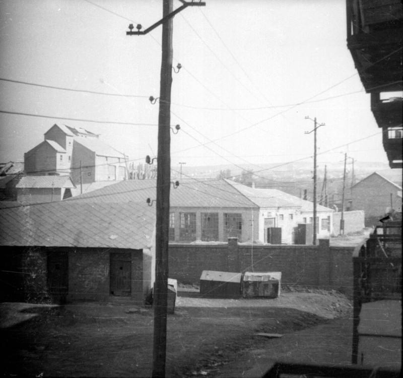 Вид на Краматорский цементный завод со стороны переулка Боша, 1952 год.