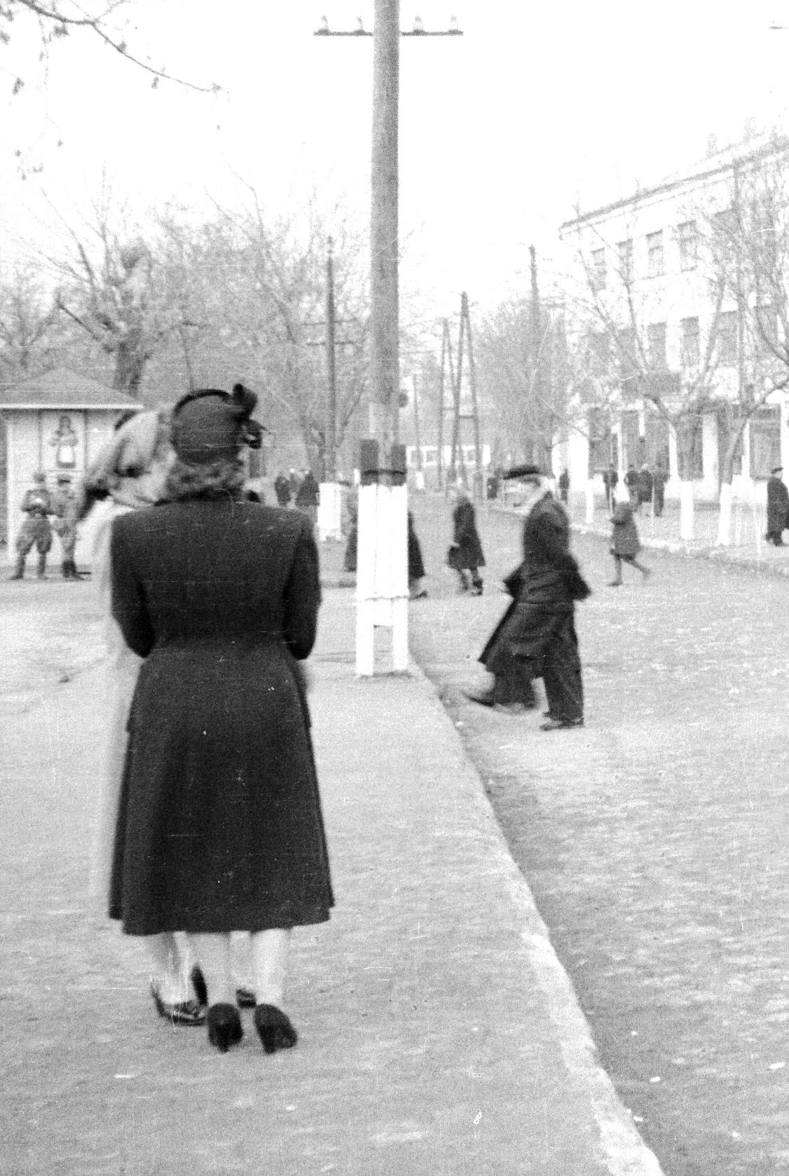 Краматорск, 1952. Папино первые опыты в фотографии.