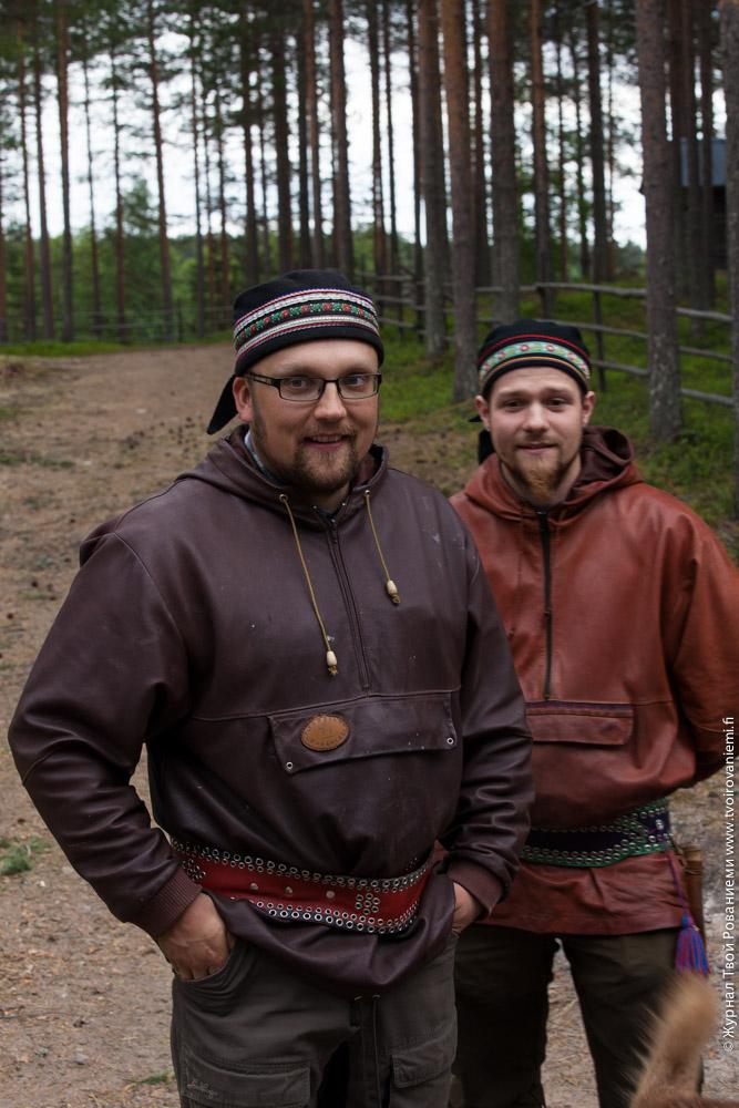 Настоящие оленеводы – хозяева фермы Сиериярви (Sierijärvi).