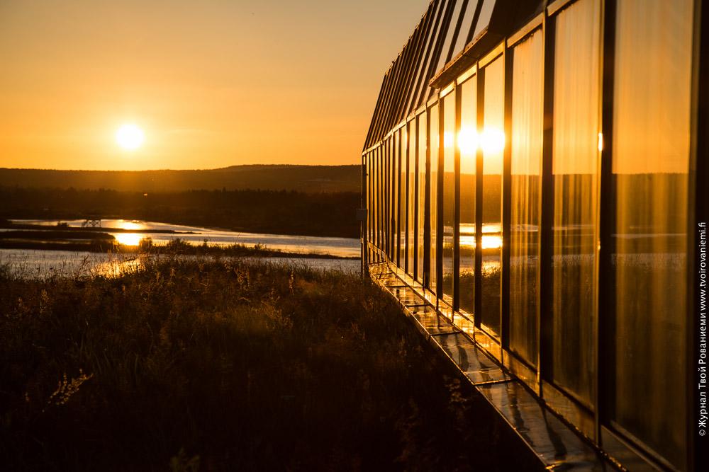 Музей Арктикум в Рованиеми. Восход в 2.30 утра летом.