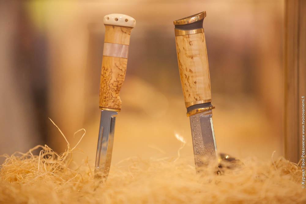 Ножи ручной работы Марттиини –Дамаск и Зуб шамана.