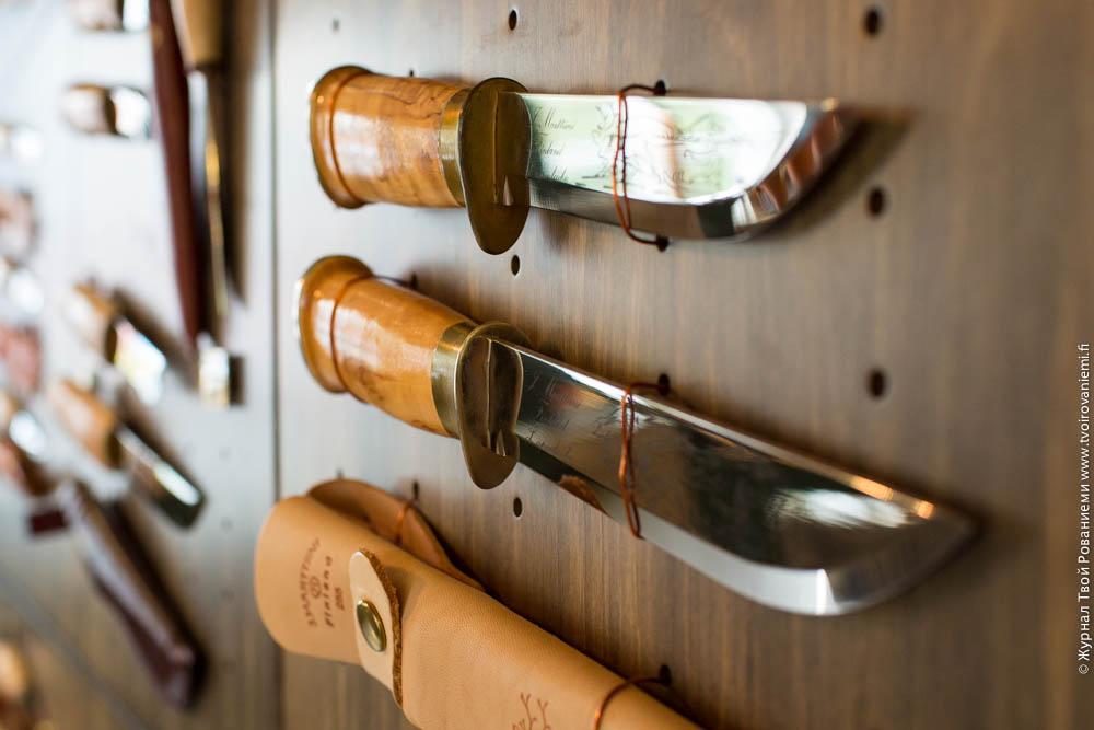Лапландский нож с гардой.