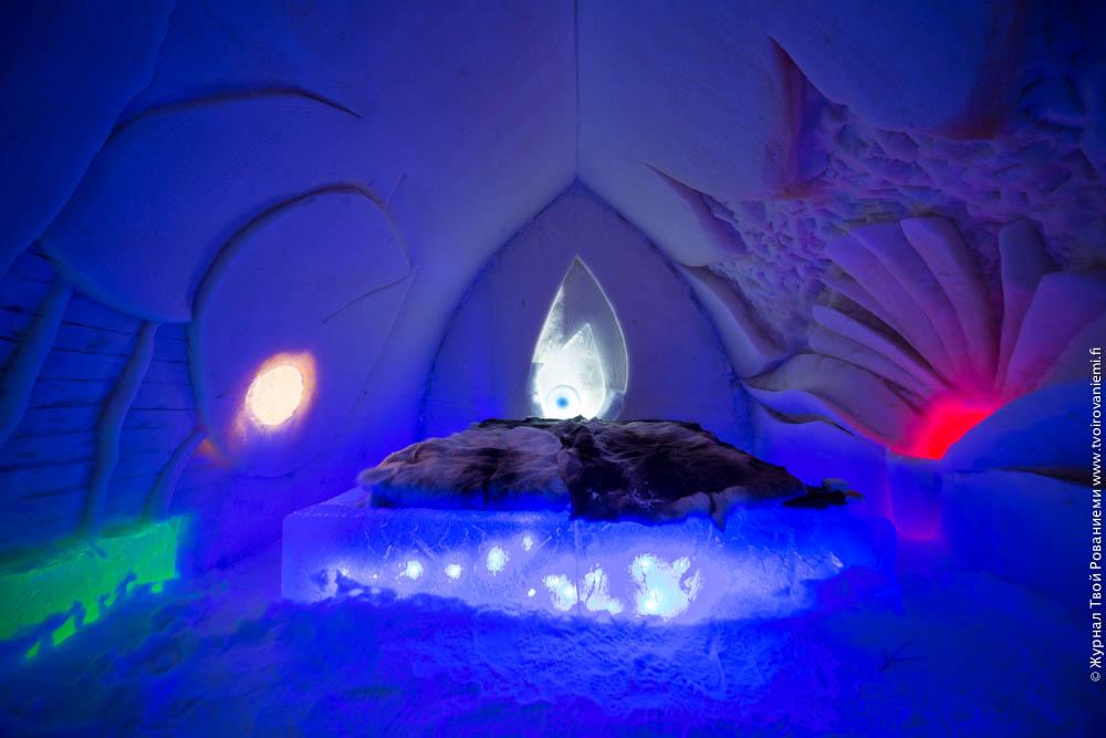 Номер-свит в снежном отеле Arctic Snowhotel в Рованиеми