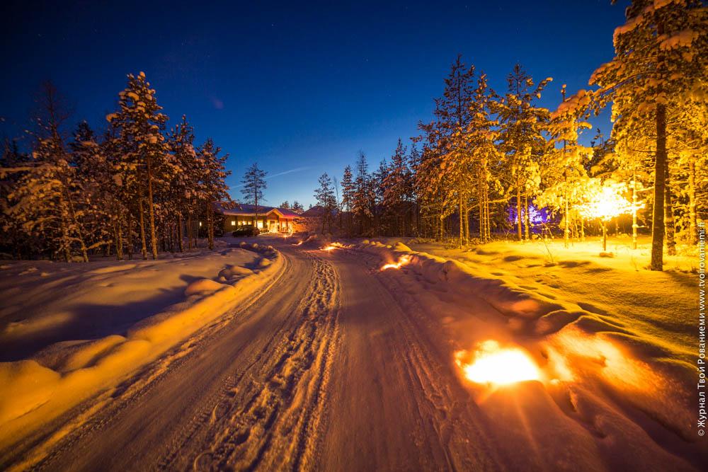 Вход в ледяной отель