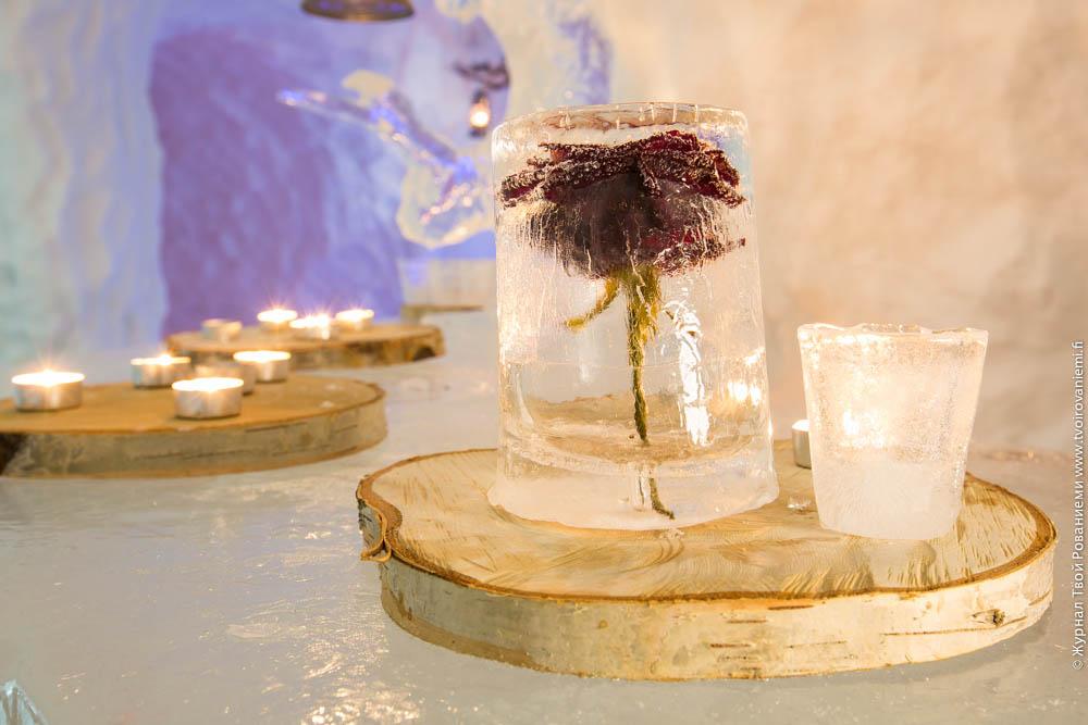 Ледяное искусство в ресторане Сноуленд в Рованиеми