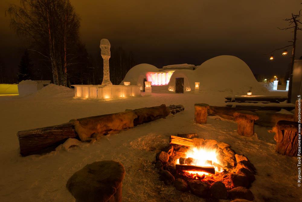 Ледяной ресторан Сноуленд в Рованиеми