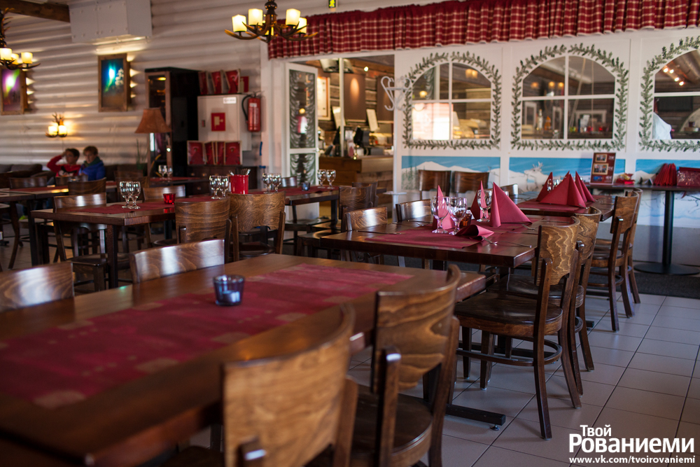 Ресторан коттеджного комплекса Санта Клаус Холидей Виллидж