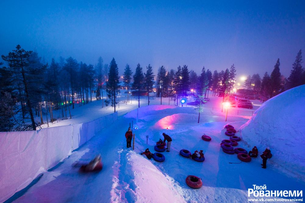 Катание на ватрушках в Мире Снеговиков