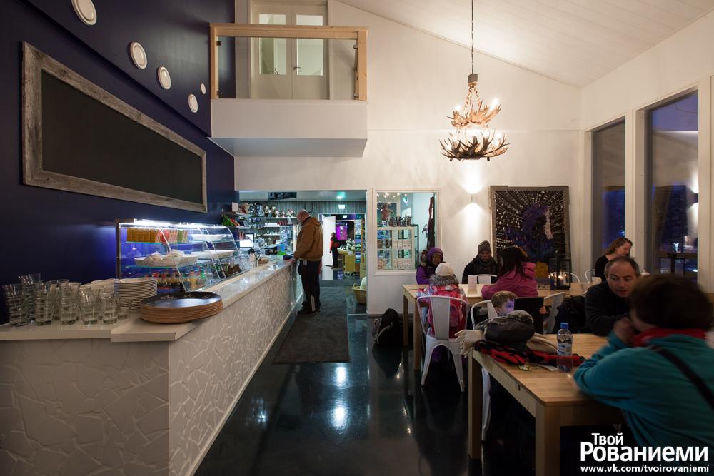 Ресторан в Мире Снеговиков