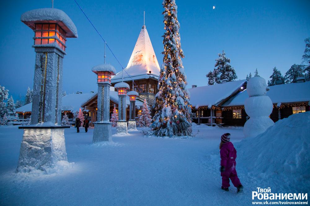 Деревня Санта Клауса в Рованиеми