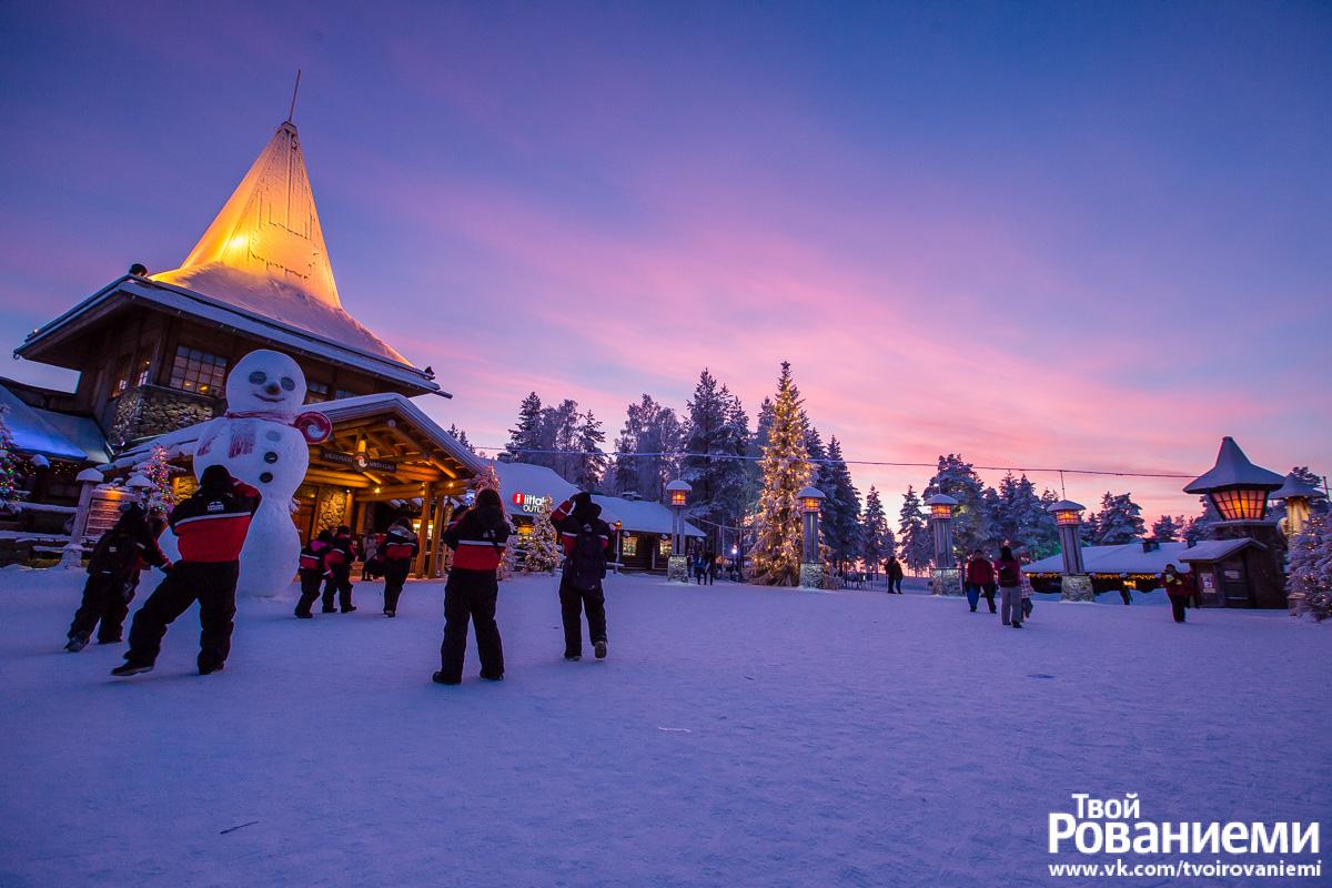 Деревня Санта Клауса зимой.
