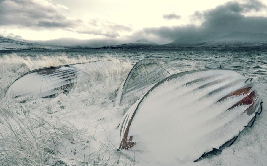 winter-nature-boats_88039-1920x1200