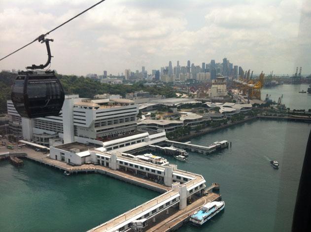 IPhone_Singapore_02