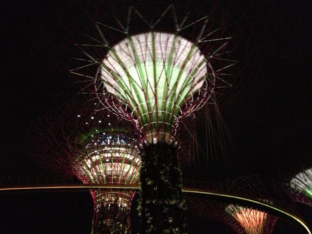 IPhone_Singapore_09