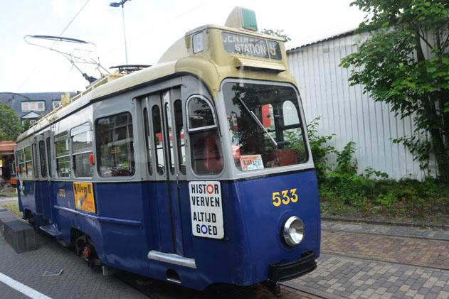 Tram_12