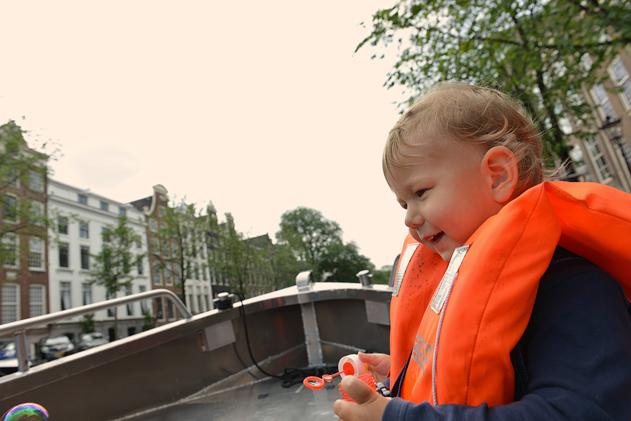 Amsterdam_boat_web_34