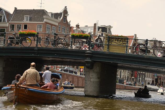 Amsterdam_boat_web_38