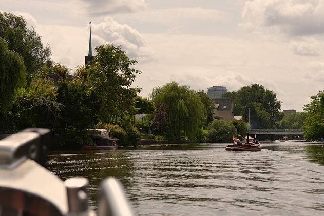 Amsterdam_boat_web_42