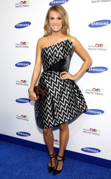 rs_634x1024-140610190421-634.Carrie-Underwood-Samsung-Children-Gala-NYC.ms.061014