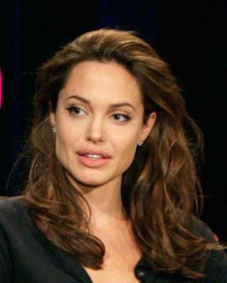 angelina-jolie-apologizes-perez-hilton-lawsuit-threats-pp