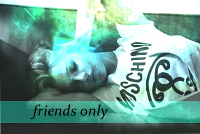 friends_only_banner_queen02.jpg