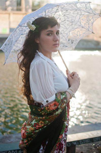 Comtesse-Sofia-Missmillysboudoir-beauty-scarf-green-paris-french-summer-shawl