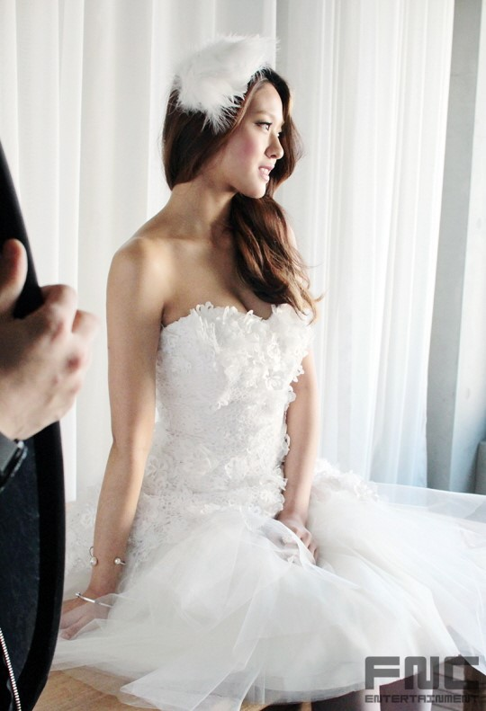 Aoa Seolhyun  Hyejeong Being Absolutely Gorgeous In Bts Photoshoot Of Instyle Wedding -6593