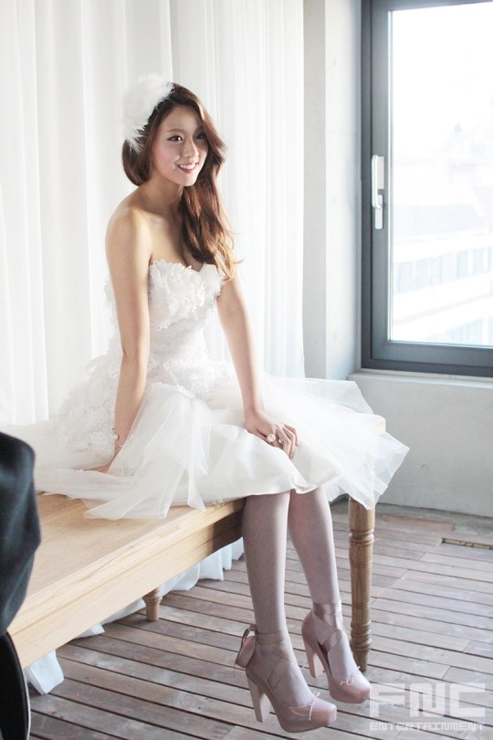 Aoa Seolhyun  Hyejeong Being Absolutely Gorgeous In Bts Photoshoot Of Instyle Wedding -5607