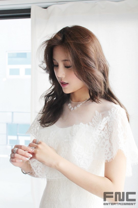 Aoa Seolhyun  Hyejeong Being Absolutely Gorgeous In Bts Photoshoot Of Instyle Wedding -8444