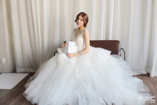 Aoa Seolhyun  Hyejeong Being Absolutely Gorgeous In Bts Photoshoot Of Instyle Wedding -1376