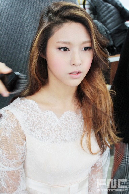 Aoa Seolhyun  Hyejeong Being Absolutely Gorgeous In Bts Photoshoot Of Instyle Wedding -4542