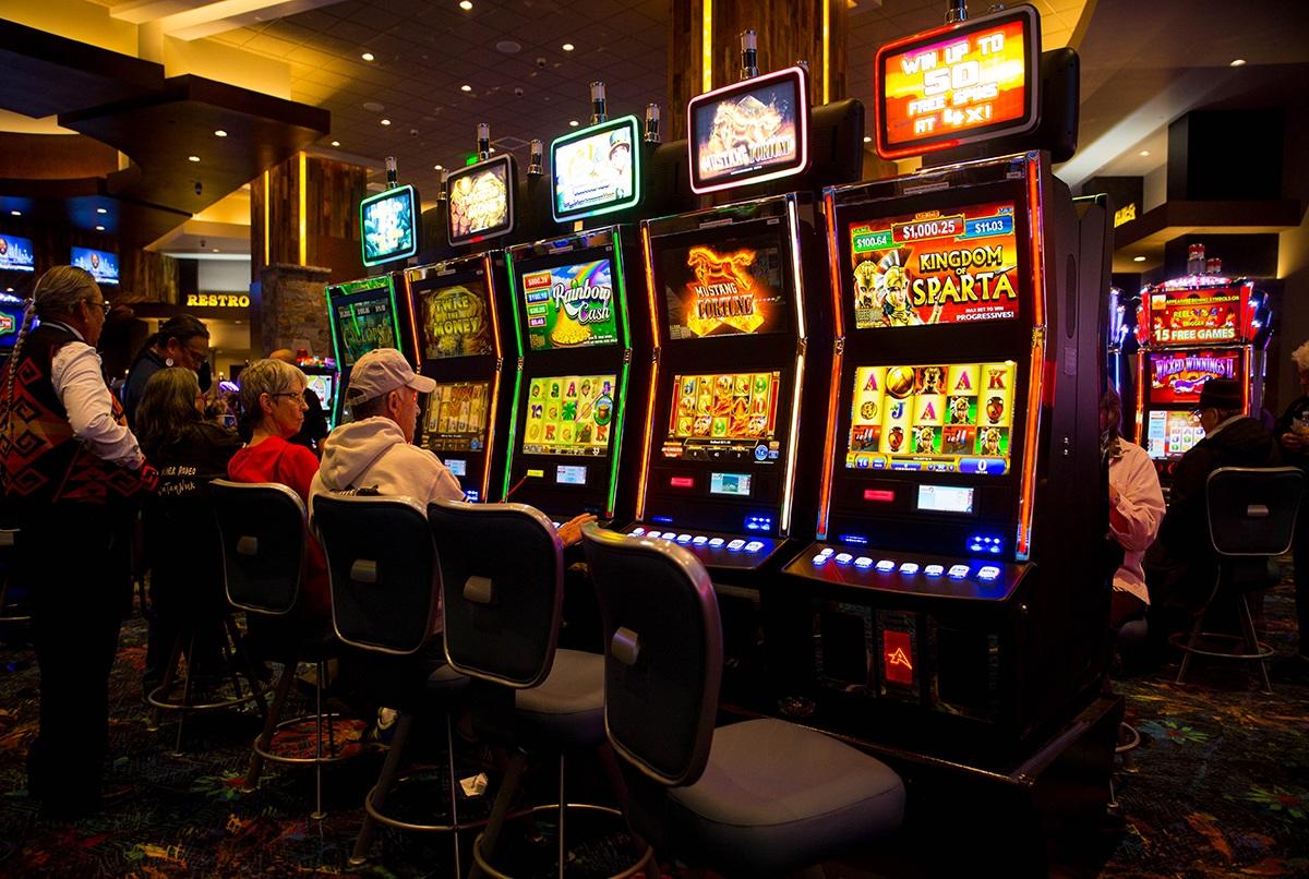 ivi казино бездепозитный бонус